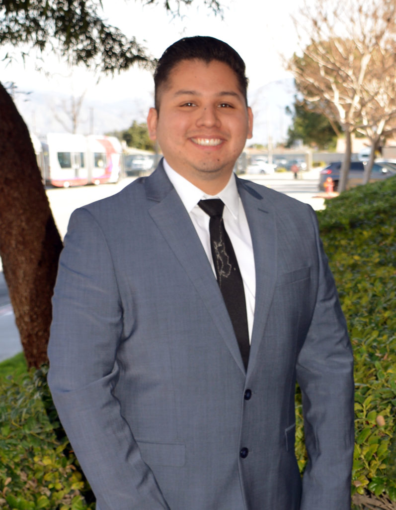 Employee of the Quarter Victor Cuate
